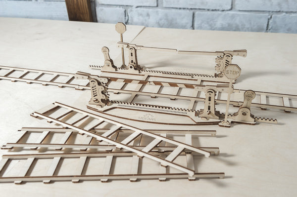 Rails and Crossing - build your own working model by UGears - UGears - 6