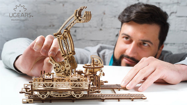 Rail Manipulator - build your own mechanical town by UGears - UGears