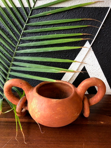 Home Decor - Clay Pot With Rings