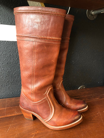 Sz7 FRYE Brown Leather Pull On Boots