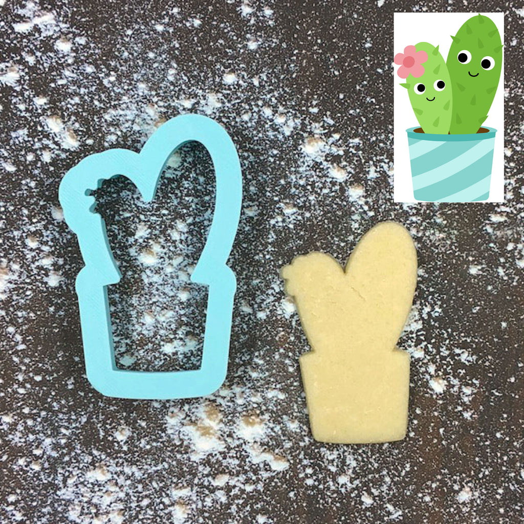 Cactus Couple Cookie Cutter with Cookie