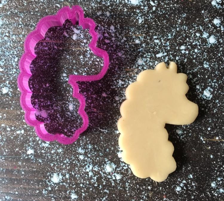 Candy the Alpaca Cookie Cutter with Cookie