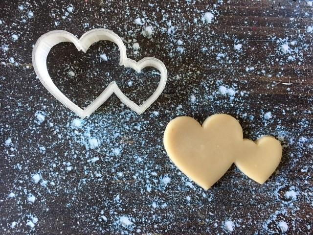 double heart cookie cutter with cookie