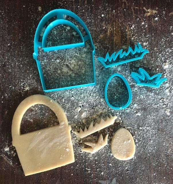 Easter Basket Cookie Cutter Set with Cookie