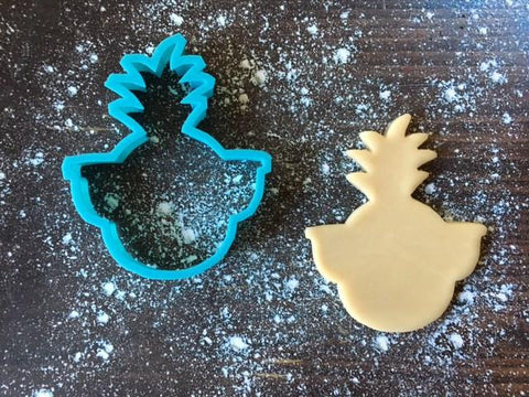 Nerdy Pineapple Cookie Cutter with Cookie