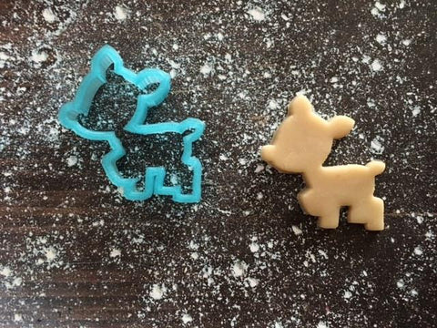 Jane Deer Cookie Cutter with Cookie