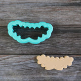 Pinar Floral Cookie Cutter with Cookie