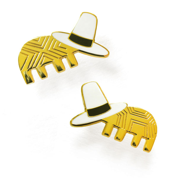 Jon Klassen - We Both Have A Hat Pin Set