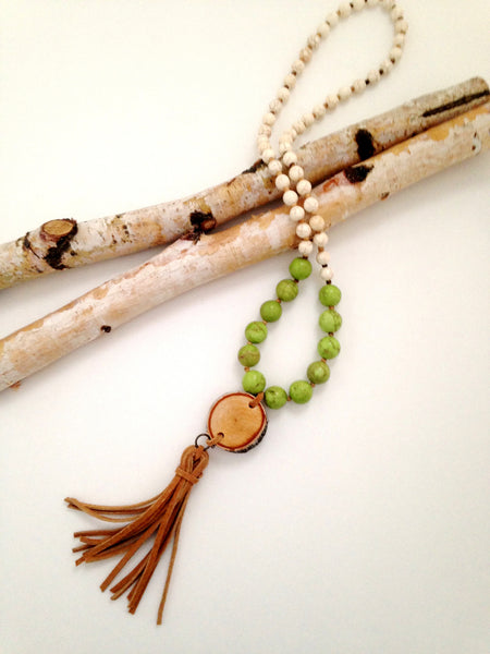 Green Howlite Birch Wood Necklace