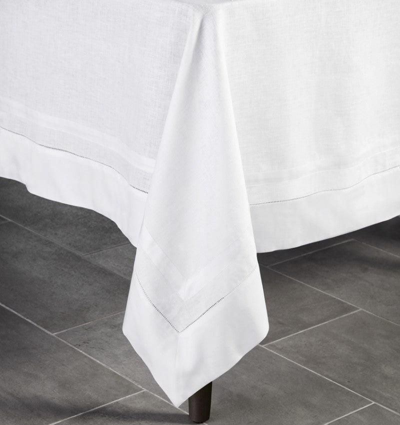 TIPTON - TABLECLOTH