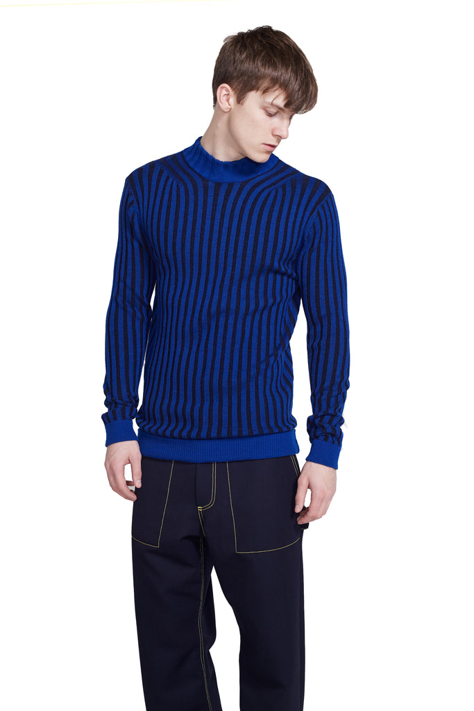 WIDE RIB KNIT MOCKNECK SWEATER