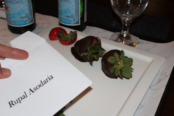 chocolate-strawberries-cookies-doubletree-by-hilton-nurselet