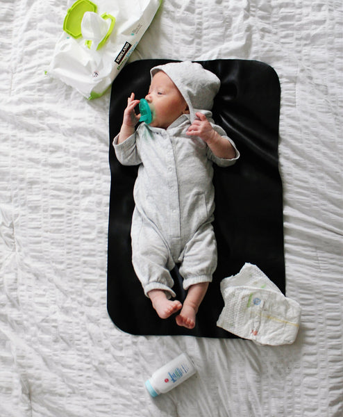 EMERALD-Diaper-Changing-Mat-Travelling-Mom-Parenting-Leather-Change-Pad-NursElet