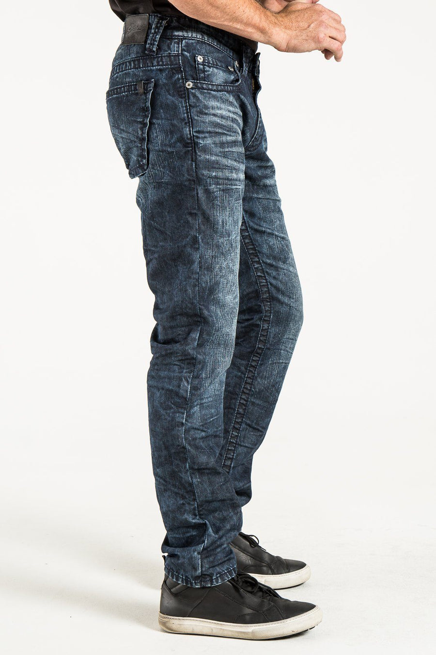 BARFLY SLIM IN REVOLUTION DENIM