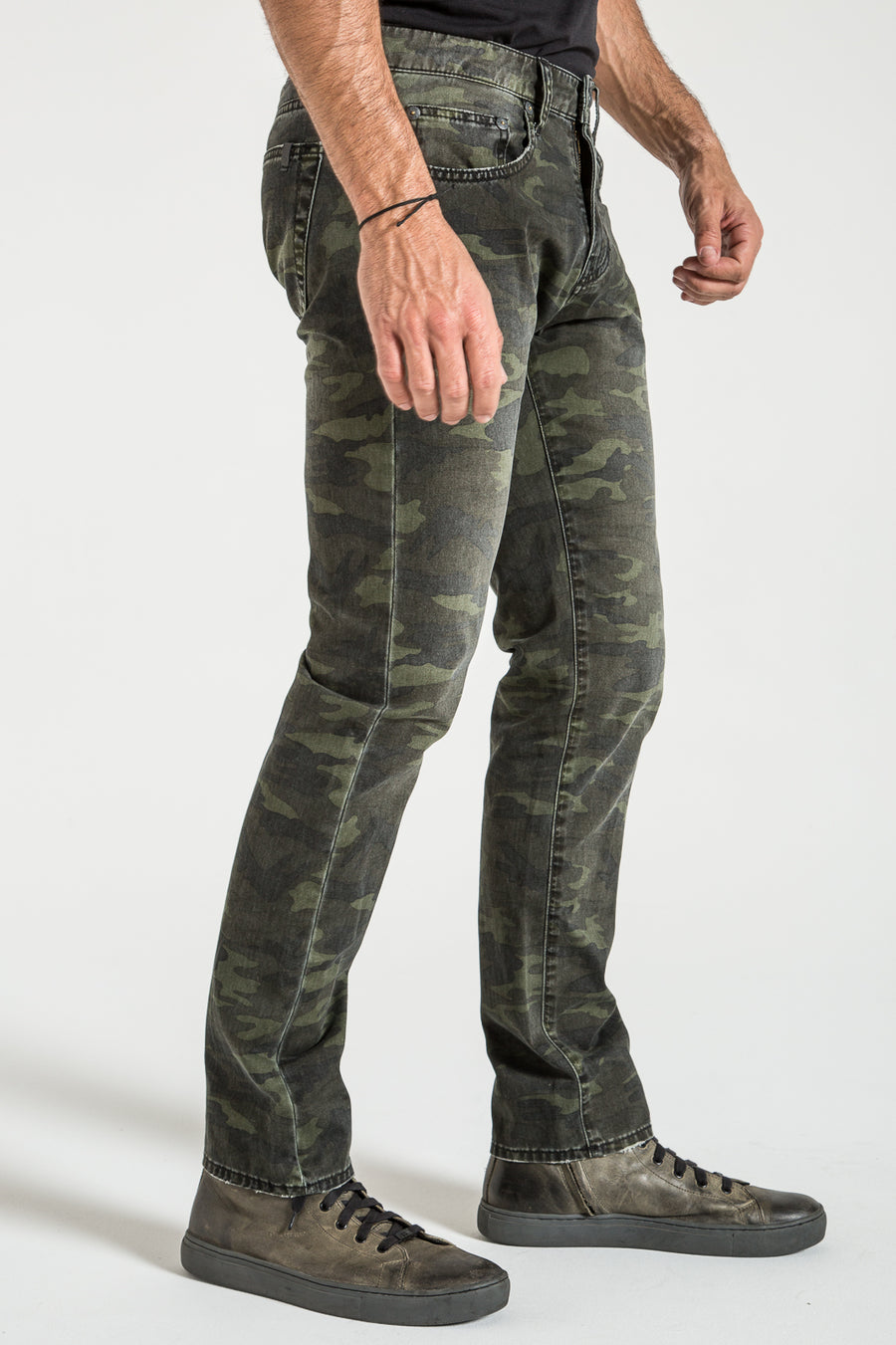 BARFLY SLIM IN ARMY CAMO DENIM