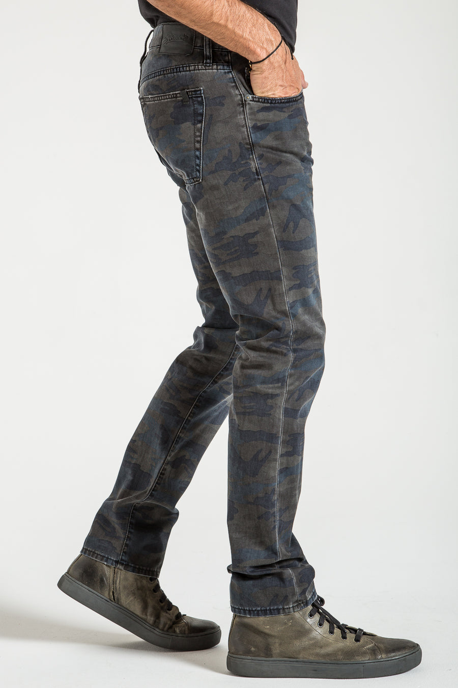 BARFLY SLIM IN NAVY CAMO DENIM