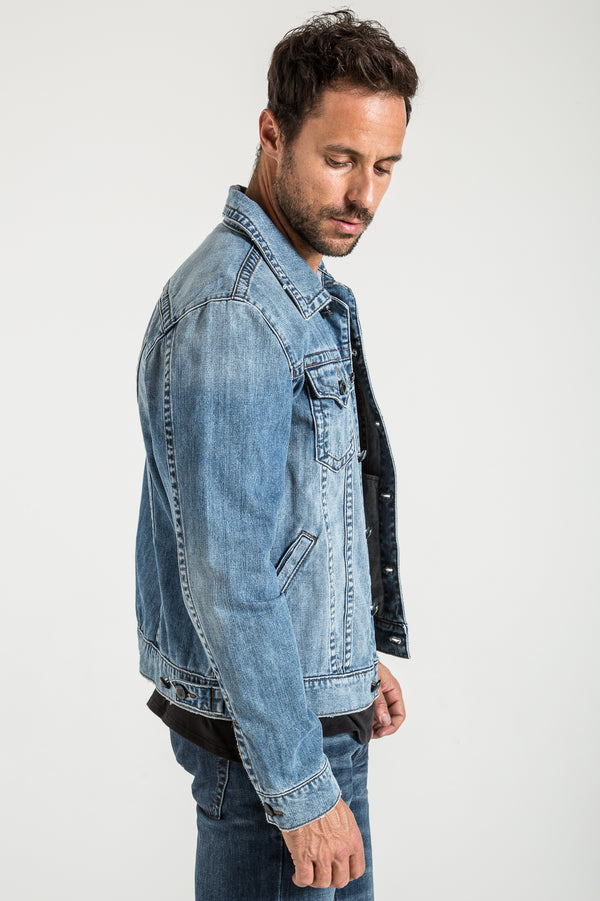 DENIM JACKET IN GREENLAND WASH