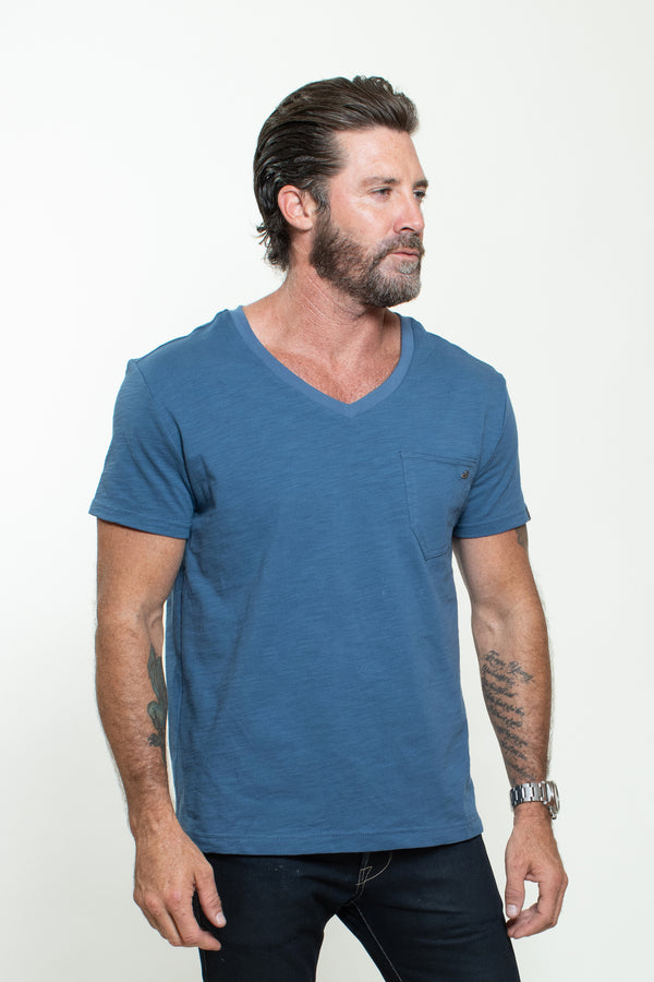KNITTED SHORT SLEEVES T-SHIRT IN BLUE