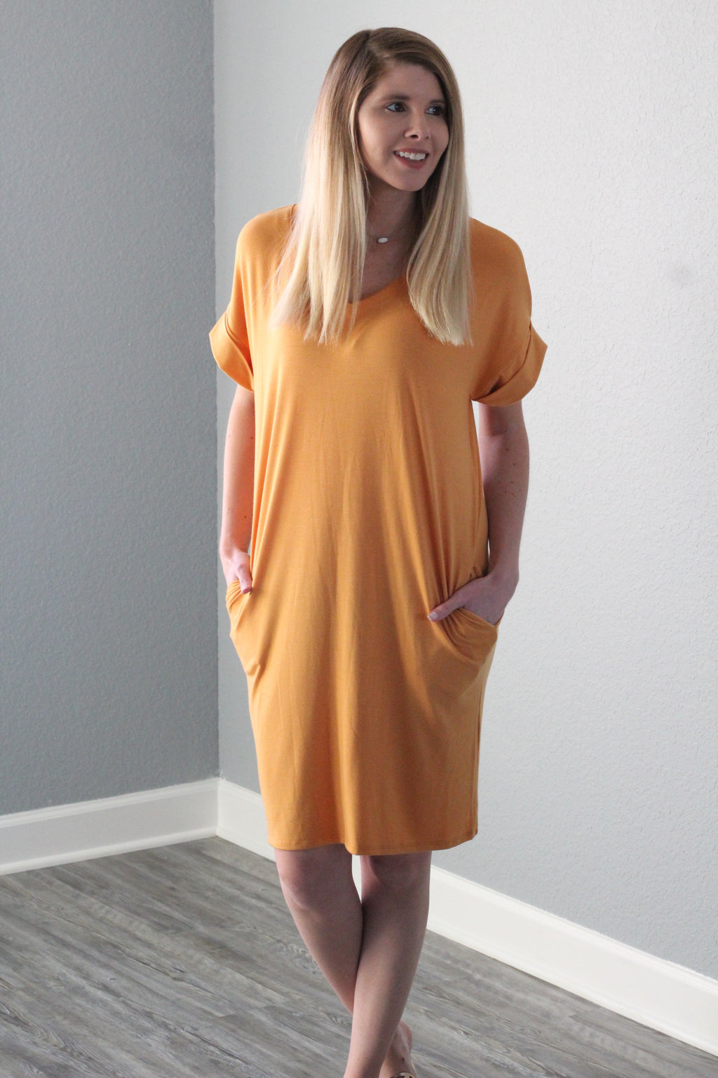 Sweetheart Dress (Apricot)