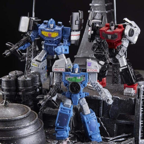Image of Hasbro Transformers Transformers War for Cybertron Siege Deluxe Refraktor Team Exclusive Three Pack