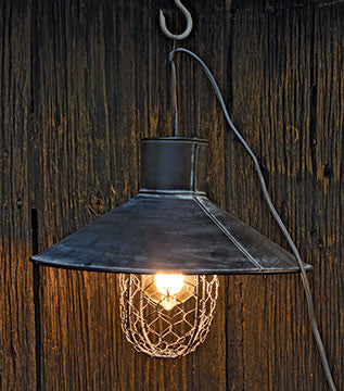 Black Metal Lamp w/ Wire
