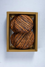 Load image into Gallery viewer, Gift Set - Malagos Dark Chocolate Chip + Cashew Butter Cookies (12's)