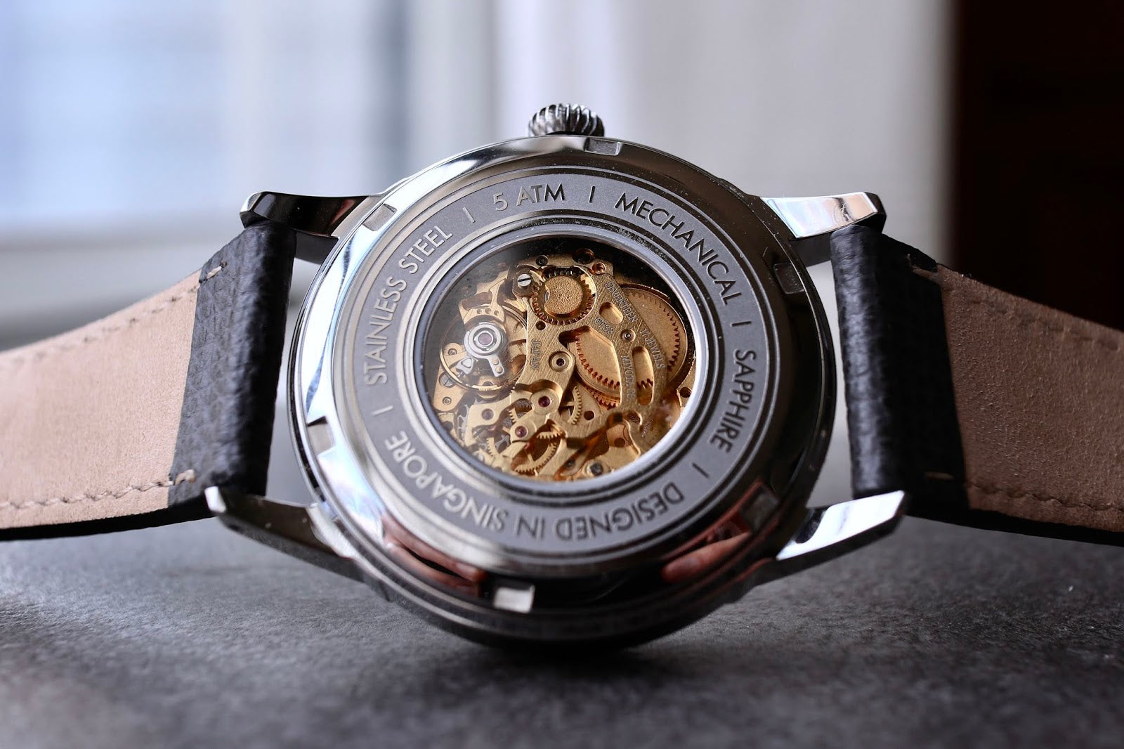 Vario Empire Art Déco Caseback