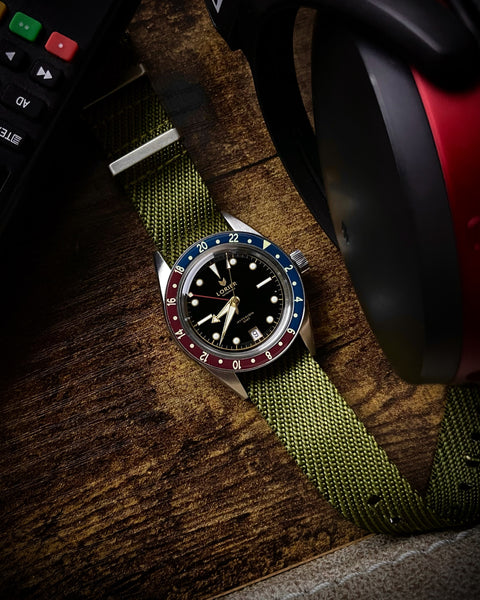 lorier watch with vario twill nato strap