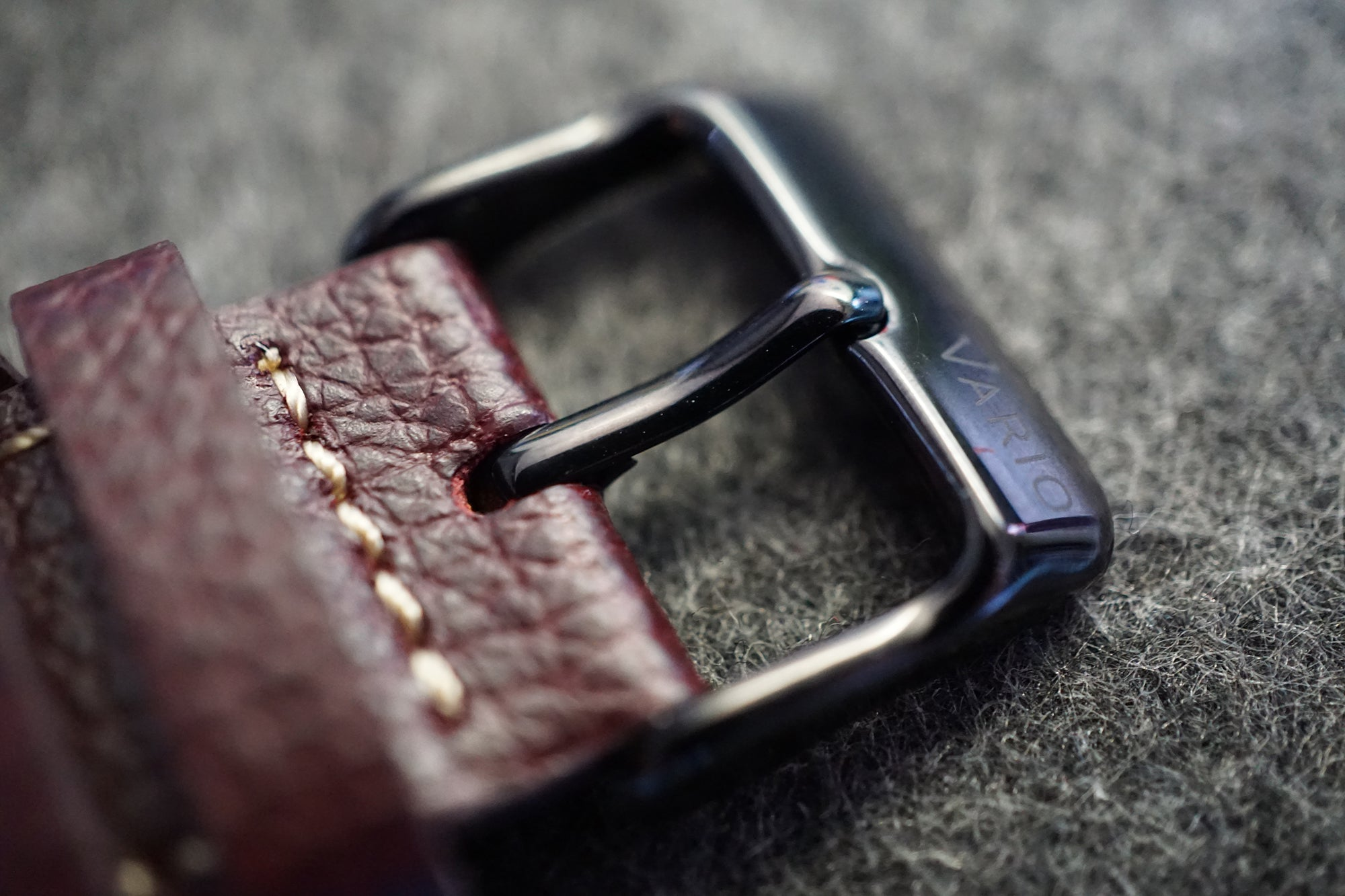 vario italian leather buckle