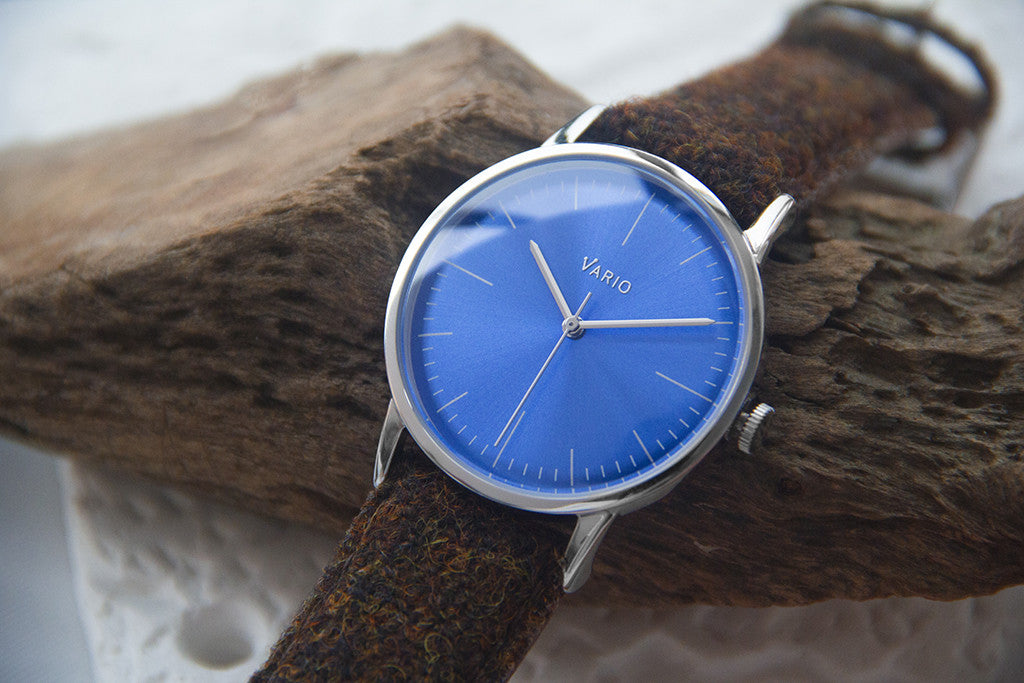 eclipse blue dial dress watch quartz handwound