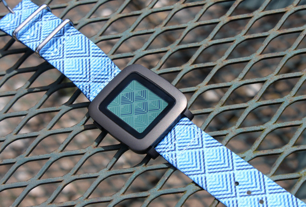 pebble time on vario 2 piece graphic nato watch strap