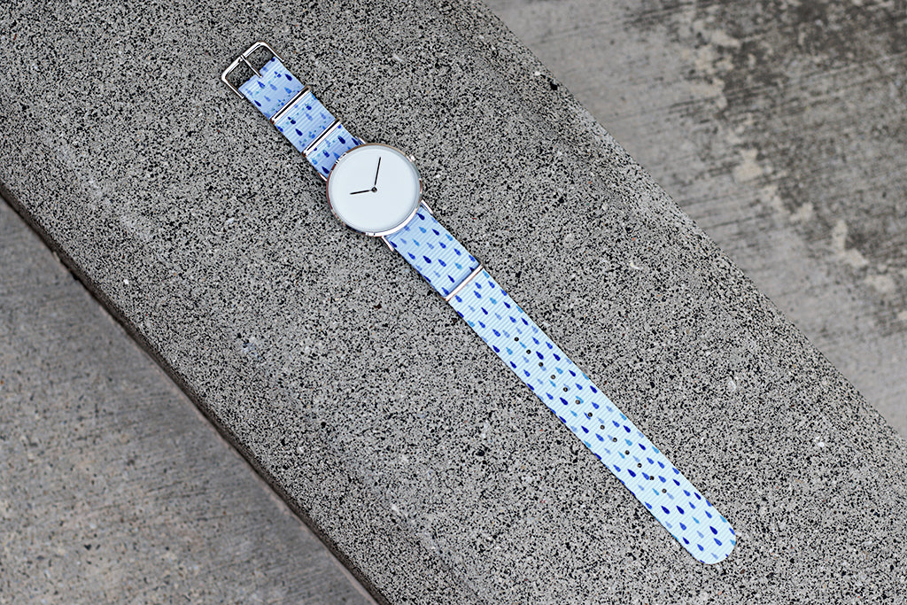 vario raindrops design nato strap with minimalist watch