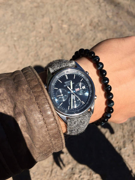 seiko chrono watch with vario harris tweed strap