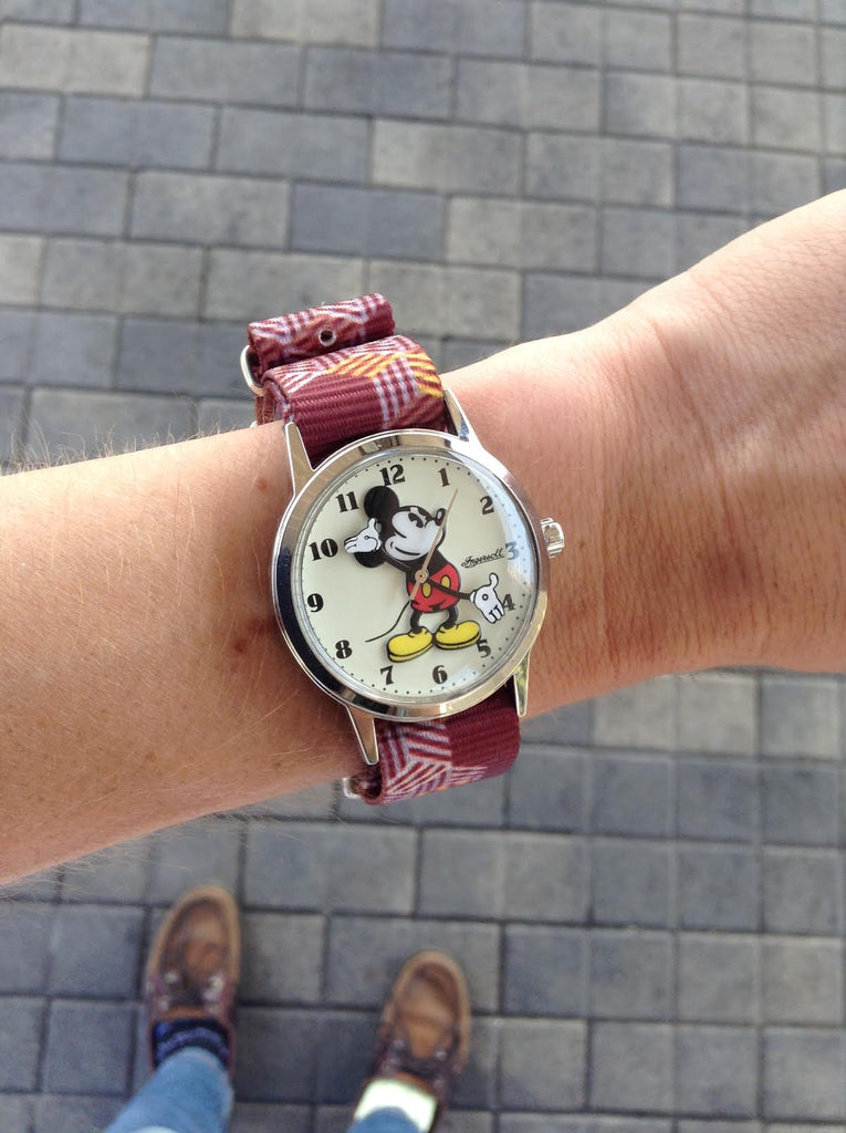 mickey mouse watch on vario escher crate nato strap