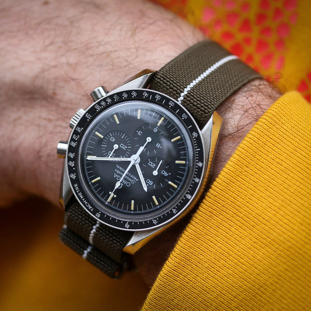 Check out this beautiful speedmaster on our comfortable Elastic Nato. Photo by #varioeveryday member @kidwizzle