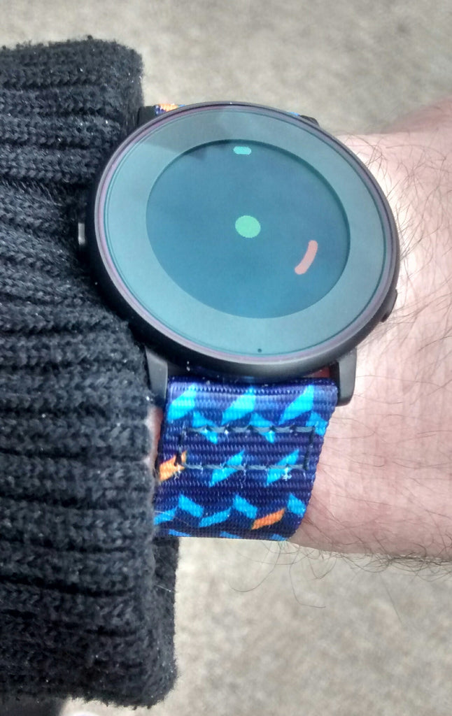 pebble time round on vario ocean chevron graphic nato strap