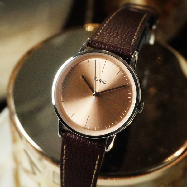 vario eclipse on italian leather watch strap