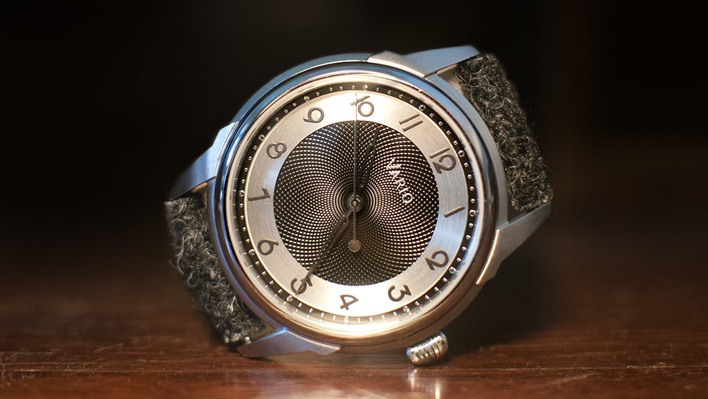 vario art deco watch