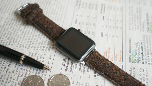 apple watch with vario brown harris tweed strap