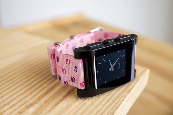 pebble classic smart watch with vario macaron dots printed nato strap
