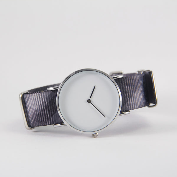vario mono plaid nato strap with watch