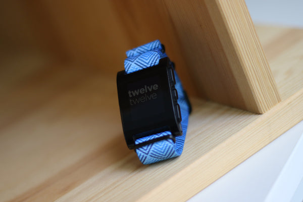 pebble smart watch with vario graphic nato strap