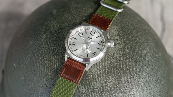 vario cordura oiled leather olive green vestal watch