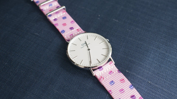 dw watch on macaron dots