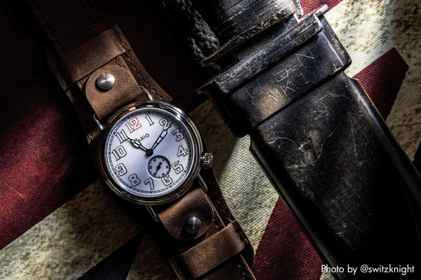 Vario Trench Field Watch Mikromarke