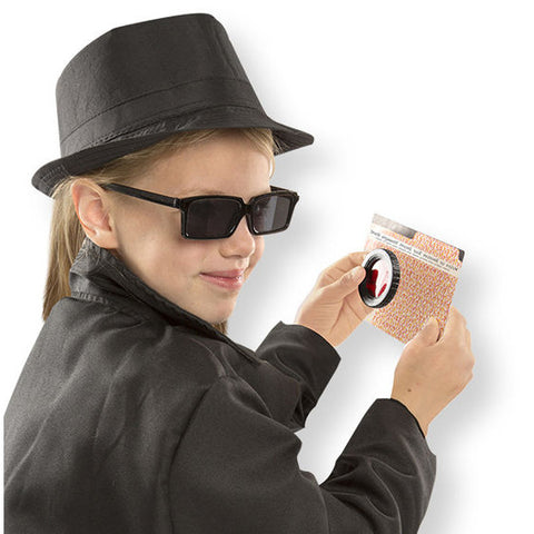 Spy Role Play Set - Girl in costume with accessories