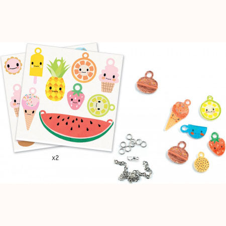 Sweet Treats - Shrinkable Jewellery Set, some contents displayed