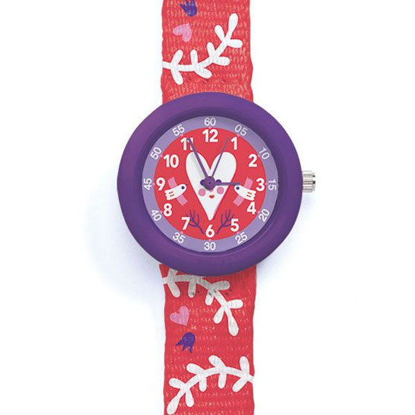 Heart watch by Djeco, close up of face
