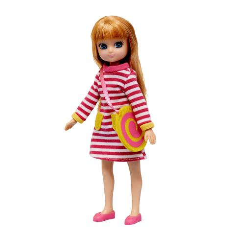 Raspberry Ripple - Lottie Doll Accessory set, modelled on doll