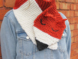 Foxy Scarf Knit Kit - Buttonbag, scarf being worn